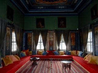 Hookah room