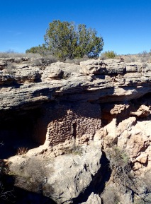 Cliff dwelling, Montezuma Well