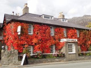 Pen-y-Gwryd Hotel, Snowdonia