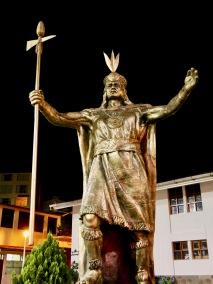Pachakutiq statue, Aguas Calientes PE