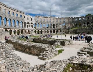 Pula Amphitheater HR