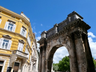 Arch of the Sergii, Pula HR